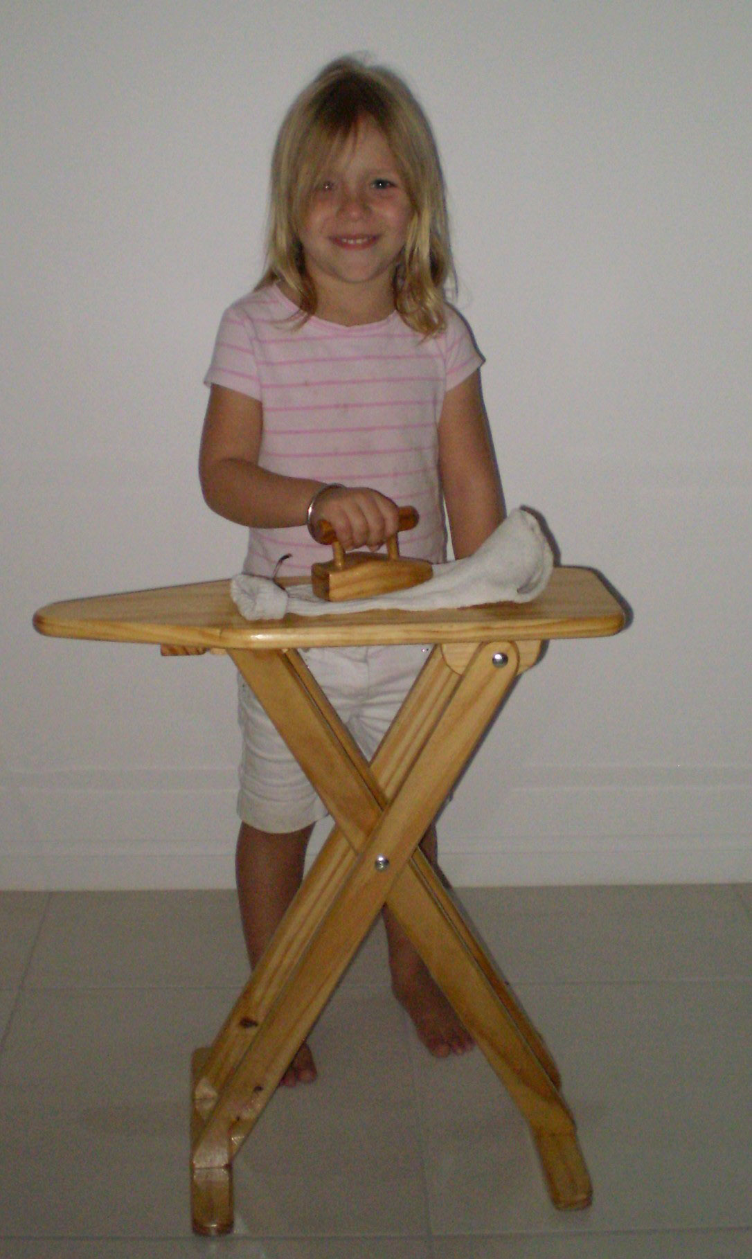 Toy Ironing board wooden plan